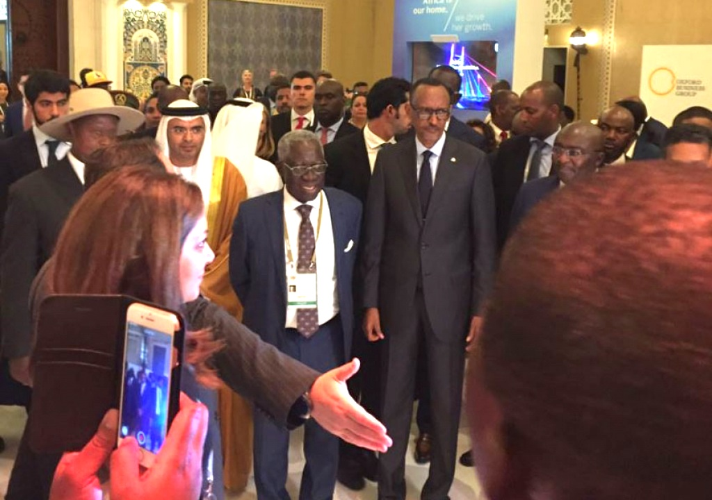 President Paul Kagame (R) at 4th annual global Business Forum on Africa (AGBF) in Dubai.