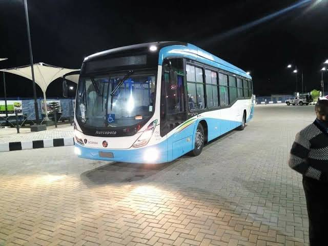 Sanwo-Olu declares free bus ride on Christmas for commuters