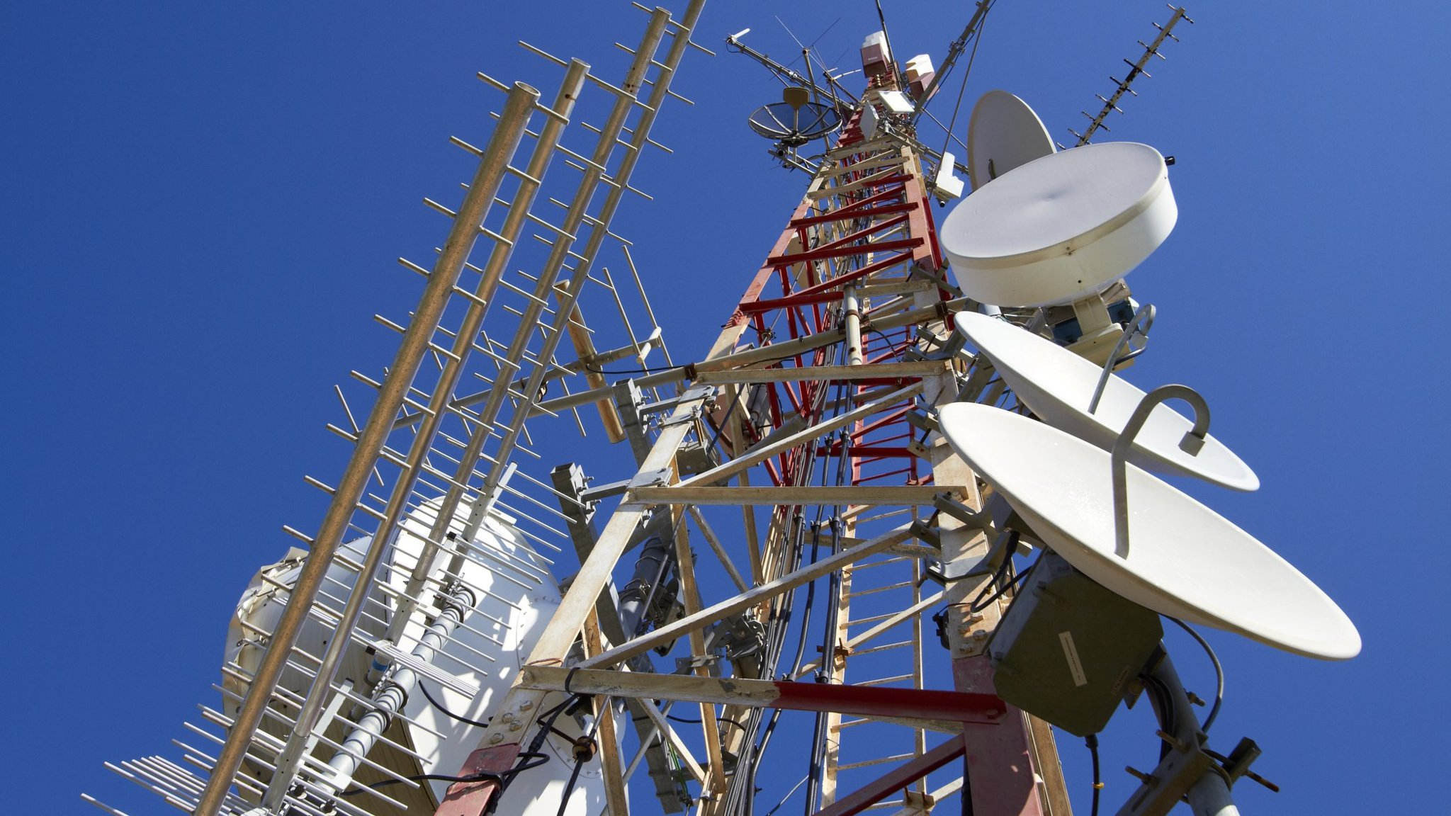 Telcos defy minister, say voicemail regulation not required
