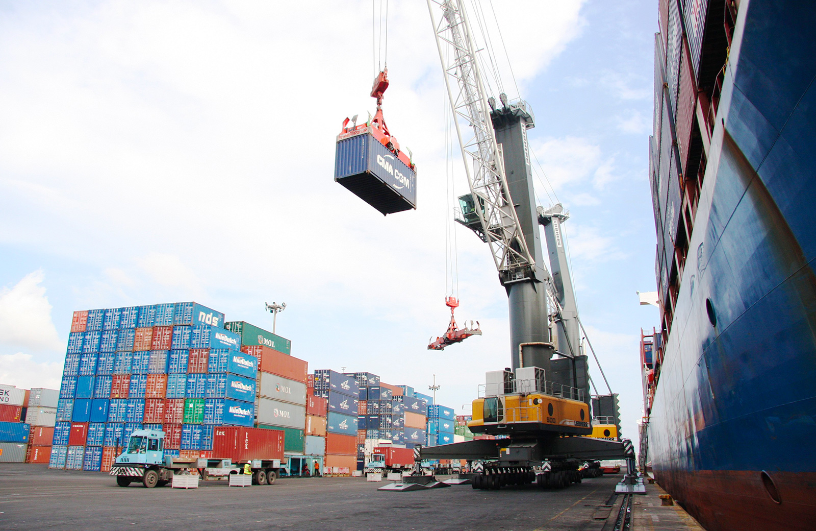 APM Terminals, customs agents disagree over 18% export throughput rise at Apapa Port