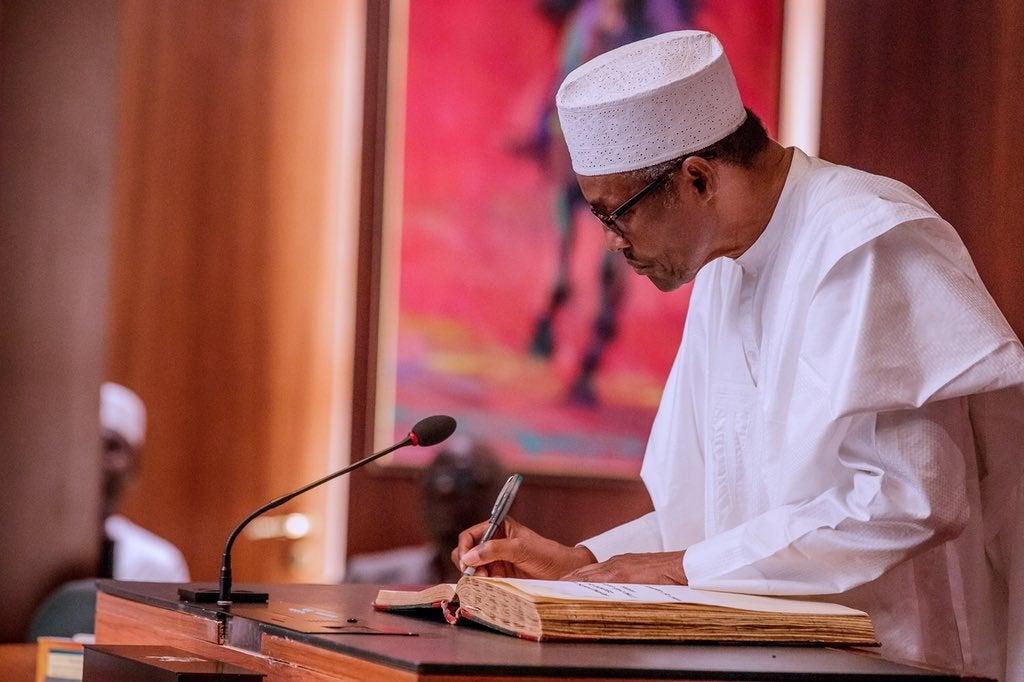 Ministers, agencies working at cross purposes, advisers tell Buhari