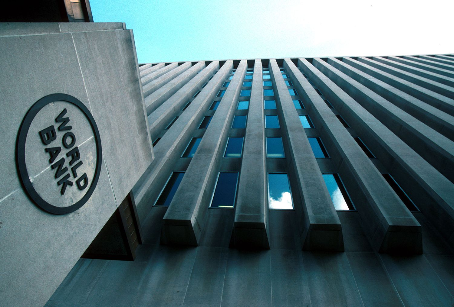 World Bank says Nigeria to grow 1%, SSA moderate 2.7% in 2021