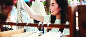 Want to Make Retail Customers Happy? Give Them a 'Wow' Experience