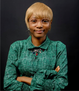 Meet Damilola Awosusi: The size 4 petite EYDNE woman spurred by a passion, fashion market endless possibilities