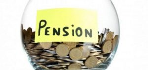 Mixed reaction trails pension industry 11% performance