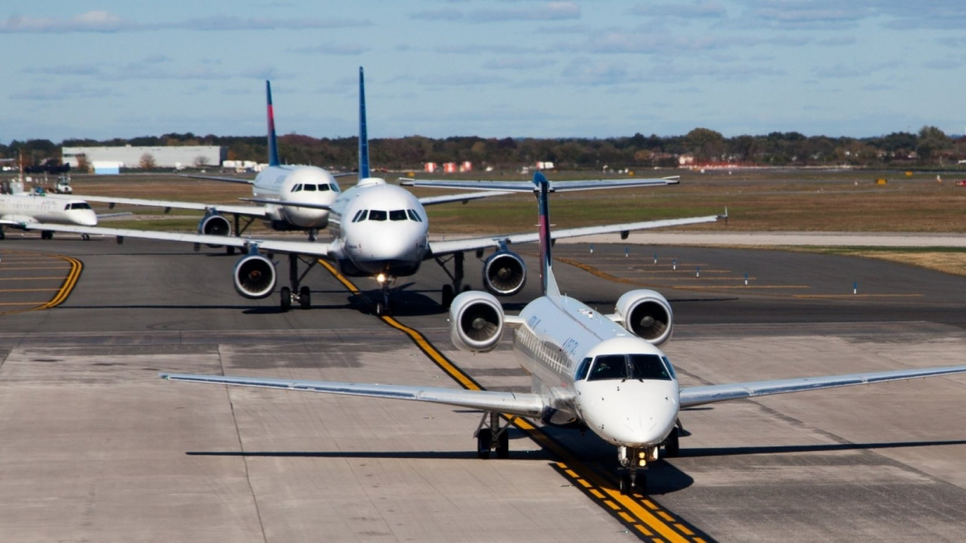 World largest public airlines plunge by $12bn in two months