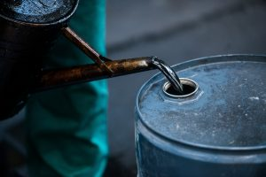 Oil prices rise but weak demand persists